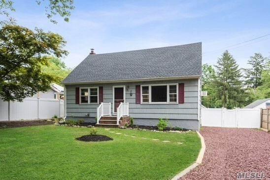 34 Kenneth Ave, Huntington, NY 11743 (MLS #3229935) :: RE/MAX Edge