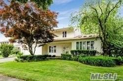 9 Elmore Place, E. Northport, NY 11731 (MLS #3230673) :: Signature Premier Properties