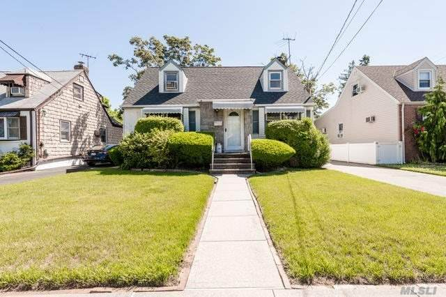 106 S Franklin Ave, Lynbrook, NY 11563 (MLS #3232609) :: Kendall Group Real Estate | Keller Williams