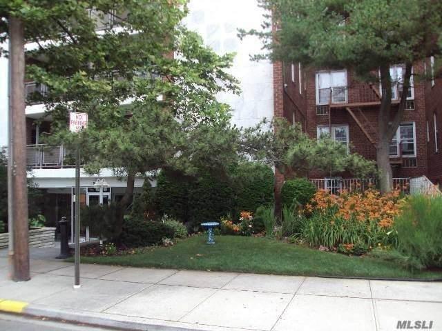 100 Brooklyn Avenue - Photo 1