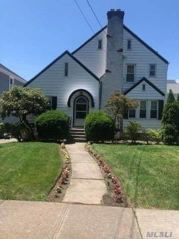 95 Monroe Street, Pelham, NY 10803 (MLS #3239298) :: Marciano Team at Keller Williams NY Realty