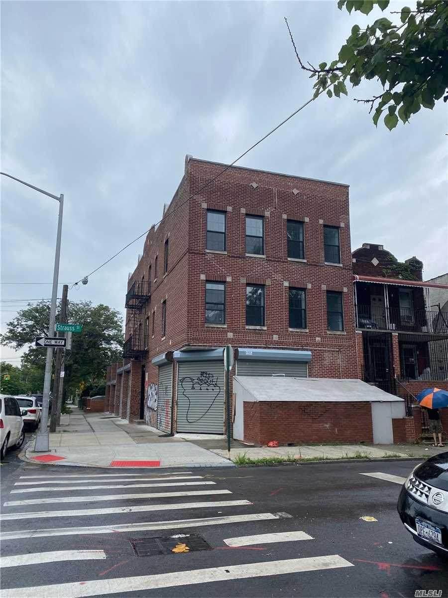 125 Dumont Avenue - Photo 1