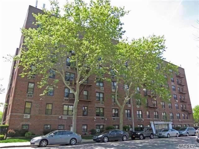 152-72 Melbourne Avenue 3E, Flushing, NY 11367 (MLS #3244422) :: Nicole Burke, MBA | Charles Rutenberg Realty