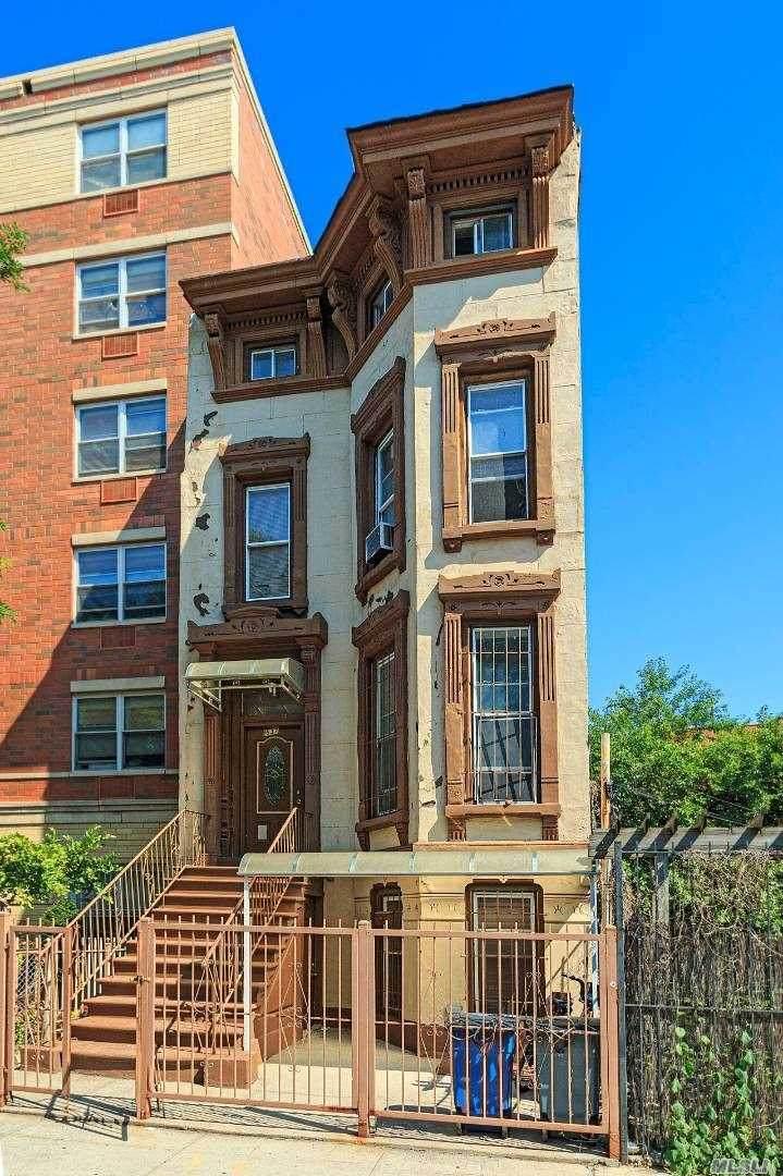 637 Quincy Street - Photo 1