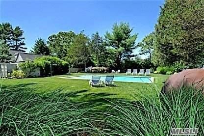 1 Cowhill, Wainscott, NY 11975 (MLS #3248996) :: Mark Seiden Real Estate Team