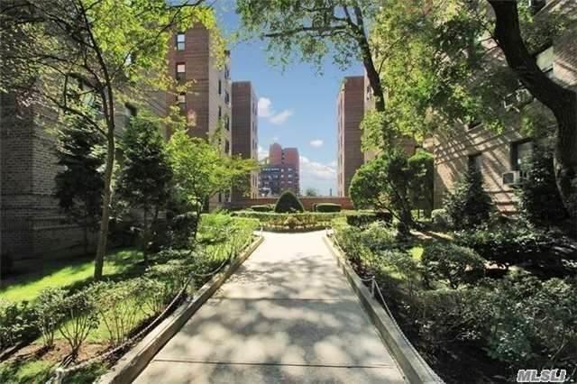 43-40 Union Street 6L, Flushing, NY 11355 (MLS #3249932) :: McAteer & Will Estates | Keller Williams Real Estate