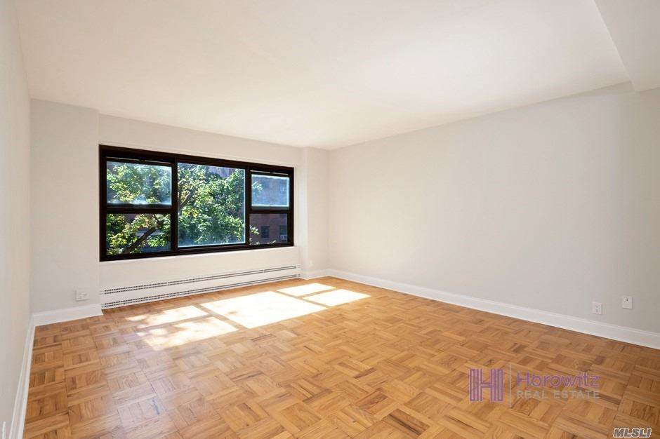 21-20 33rd Road - Photo 1