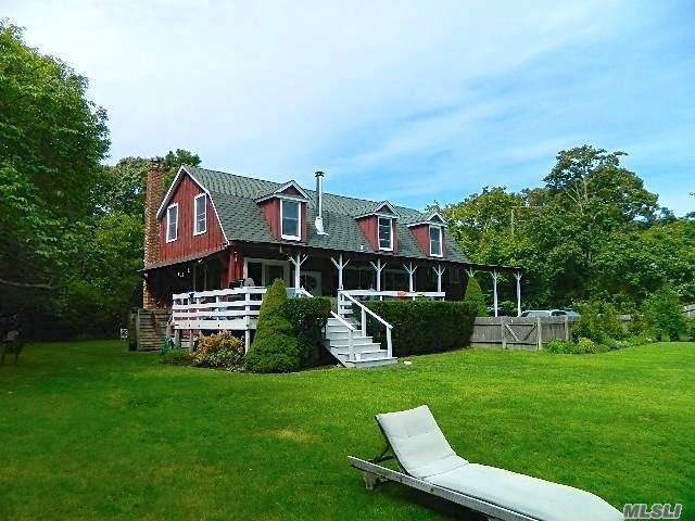 95 Lynn Avenue, Hampton Bays, NY 11946 (MLS #3250532) :: Frank Schiavone with William Raveis Real Estate