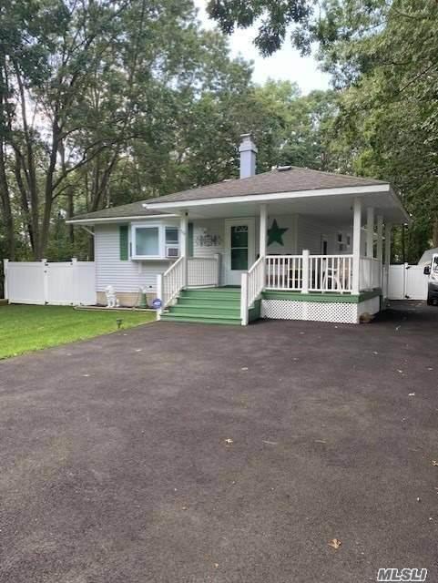 56 Tonopan Street, Mastic, NY 11950 (MLS #3252042) :: Frank Schiavone with William Raveis Real Estate