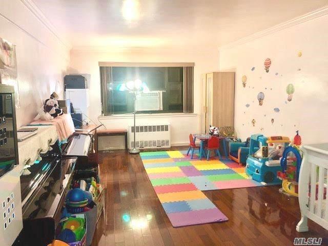 31-50 140th Street 2G, Flushing, NY 11354 (MLS #3252645) :: McAteer & Will Estates   Keller Williams Real Estate