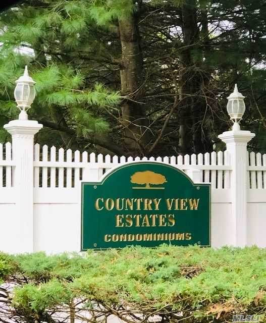 45 Country View Lane, Middle Island, NY 11953 (MLS #3253457) :: Nicole Burke, MBA | Charles Rutenberg Realty