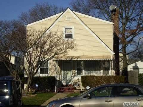 203 Alabama Ave, Hempstead, NY 11550 (MLS #3253954) :: Nicole Burke, MBA | Charles Rutenberg Realty