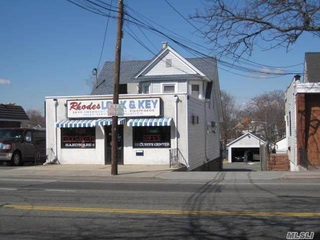 2116 Grand Avenue - Photo 1