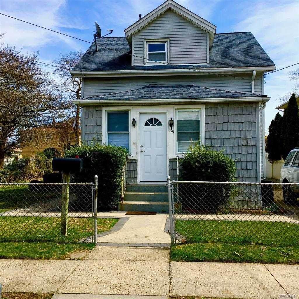 1023 Harding Street - Photo 1