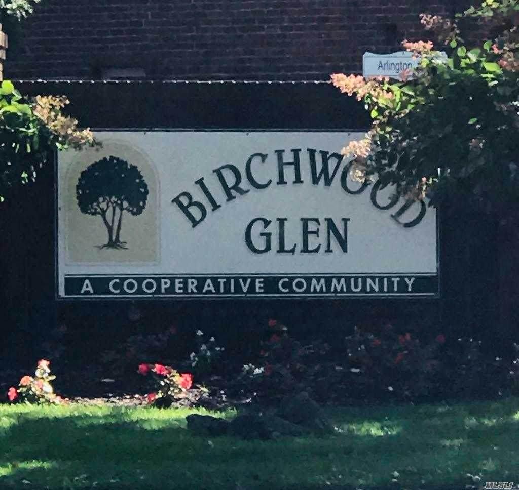 10 Glen Hollow Drive - Photo 1