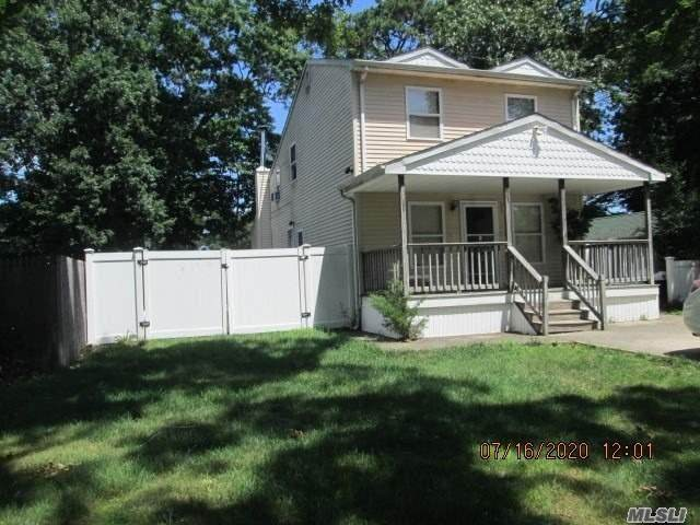 11 Laurelton Avenue - Photo 1