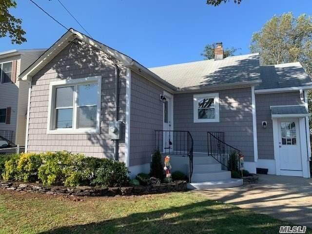 110 Marle Place, Bellmore, NY 11710 (MLS #3260193) :: Nicole Burke, MBA   Charles Rutenberg Realty