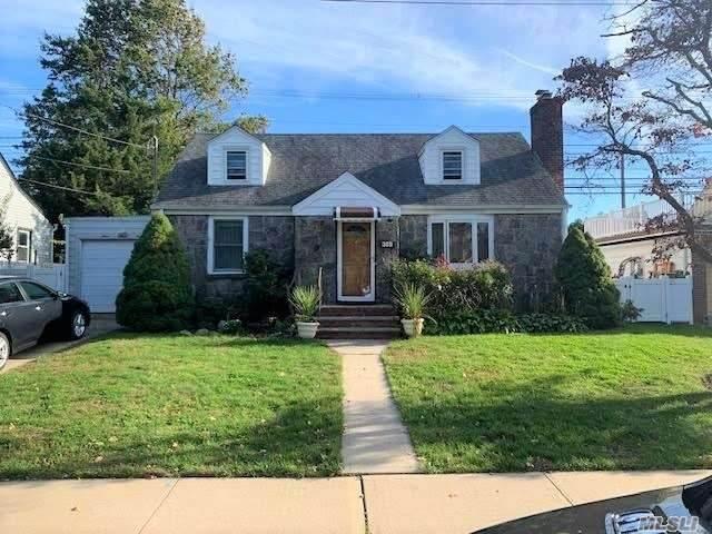369 De Mott Street, Mineola, NY 11501 (MLS #3261686) :: Nicole Burke, MBA   Charles Rutenberg Realty
