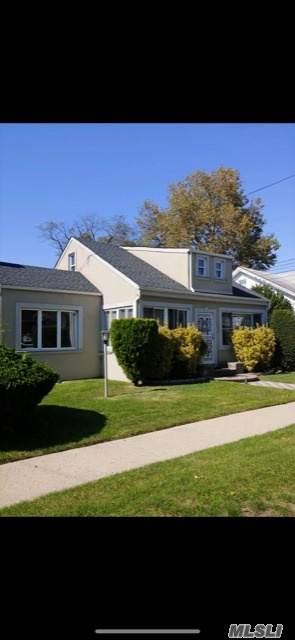 1392 Langdon Blvd, Rockville Centre, NY 11570 (MLS #3262399) :: Nicole Burke, MBA | Charles Rutenberg Realty