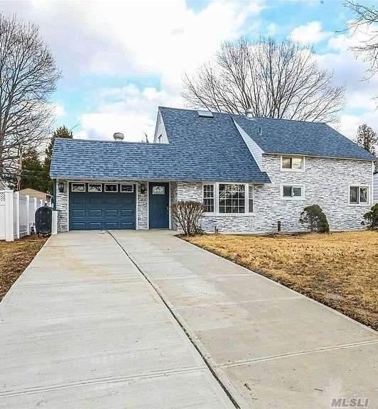 11 Alpine Lane, Hicksville, NY 11801 (MLS #3262662) :: Nicole Burke, MBA | Charles Rutenberg Realty