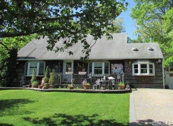 49 Highview Lane, Ridge, NY 11961 (MLS #3263238) :: Kendall Group Real Estate | Keller Williams
