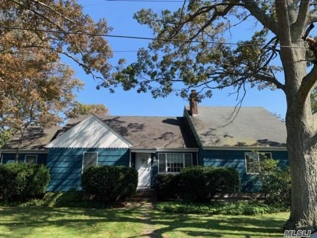 13 Ketcham Avenue, Patchogue, NY 11772 (MLS #3263275) :: Kendall Group Real Estate | Keller Williams