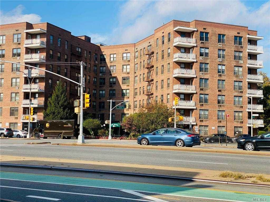 100-25 Queens Boulevard - Photo 1