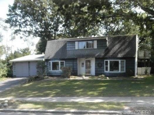 1339 Waverly Ave, Farmingville, NY 11738 (MLS #3263768) :: Nicole Burke, MBA | Charles Rutenberg Realty