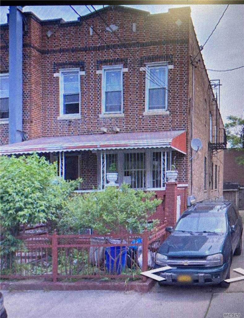 725 Wyona Street - Photo 1