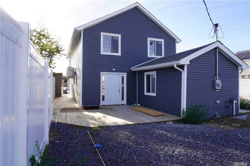 1 Bayview Ave - Photo 1