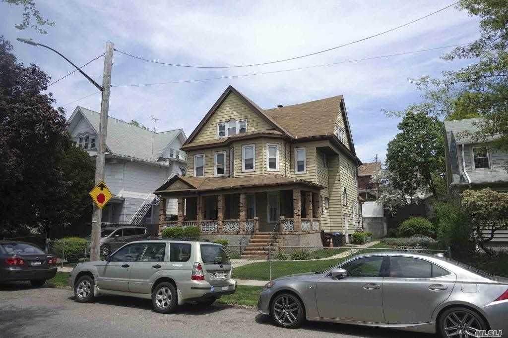 85-21 114th Street - Photo 1