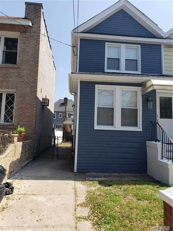 2009 Schenectady Ave, Flatlands, NY 11234 (MLS #3264415) :: Shalini Schetty Team