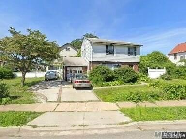 43 Cameron Avenue, Hempstead, NY 11550 (MLS #3264507) :: Kevin Kalyan Realty, Inc.