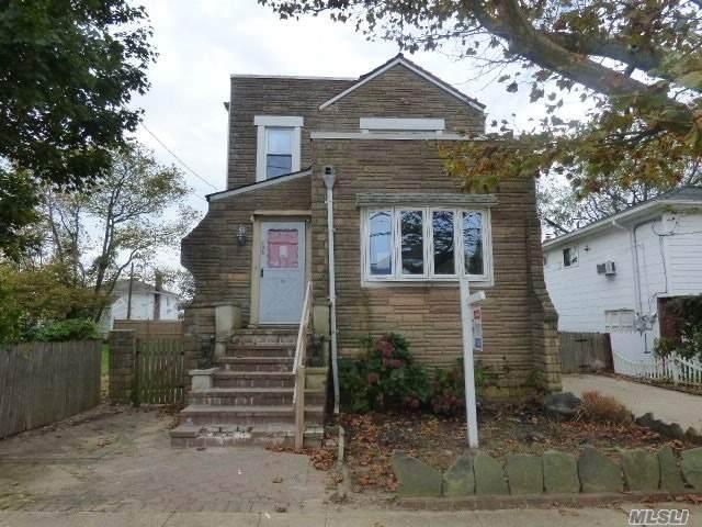 136 Kingston Blvd, Island Park, NY 11558 (MLS #3264676) :: Nicole Burke, MBA | Charles Rutenberg Realty