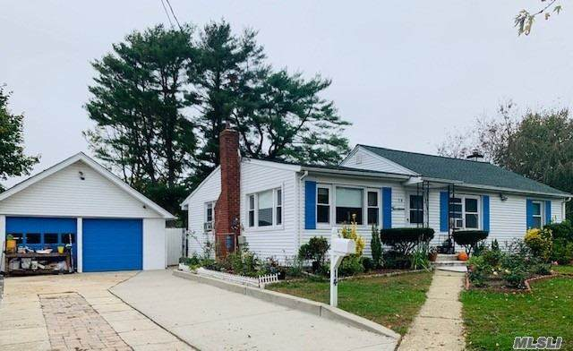 14 Winthrop Rd, Brentwood, NY 11717 (MLS #3264705) :: Nicole Burke, MBA | Charles Rutenberg Realty