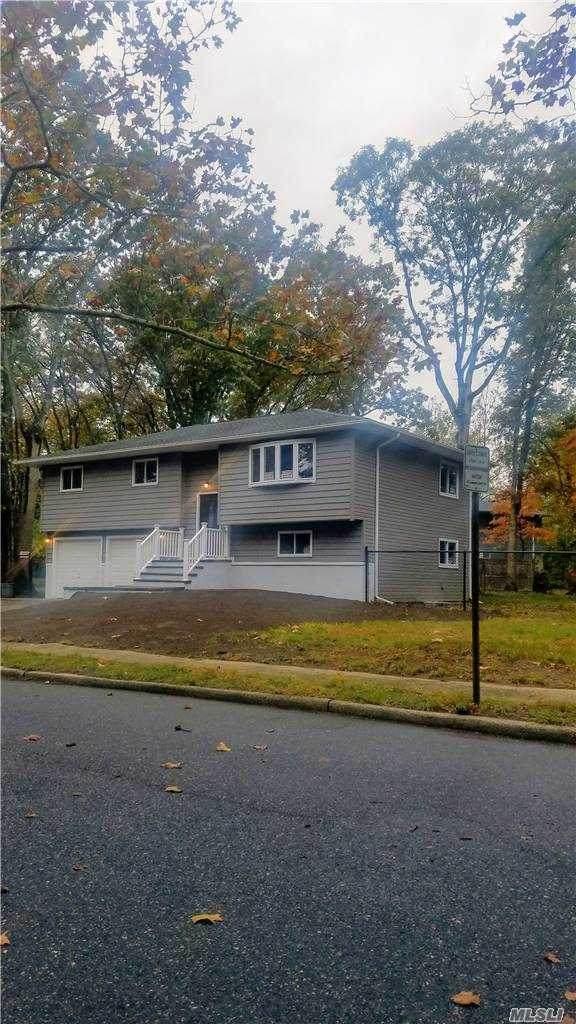 9 Walwin Place, Huntington, NY 11743 (MLS #3265358) :: Cronin & Company Real Estate