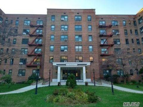 100-11 67 Road #116, Forest Hills, NY 11375 (MLS #3265602) :: Kevin Kalyan Realty, Inc.