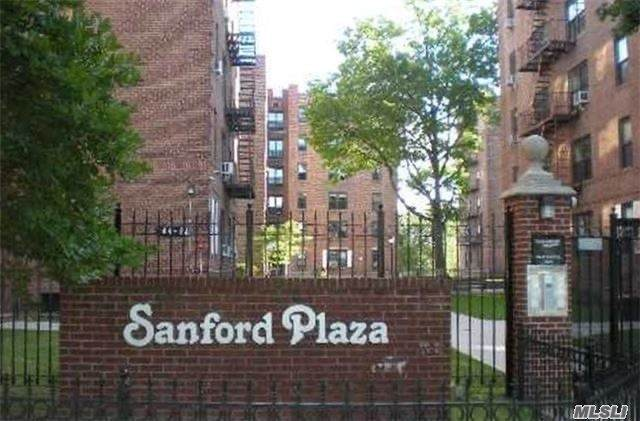 144-60 Sanford Avenue #31, Flushing, NY 11355 (MLS #3266363) :: McAteer & Will Estates | Keller Williams Real Estate