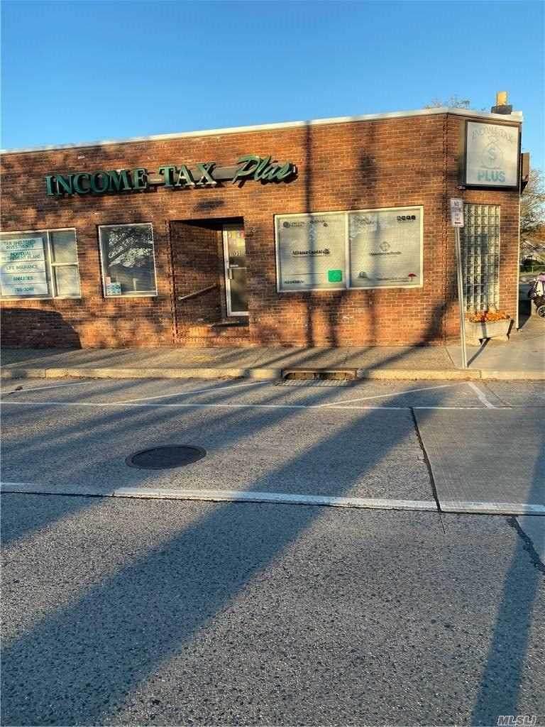 1725 Bellmore Avenue - Photo 1