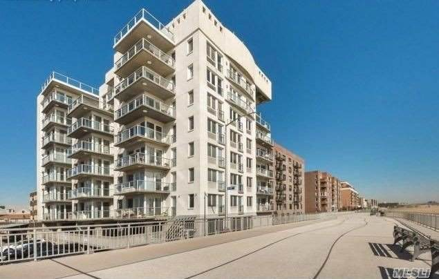 118-20 Ocean Promenade, Rockaway Park, NY 11694 (MLS #3268198) :: Mark Boyland Real Estate Team