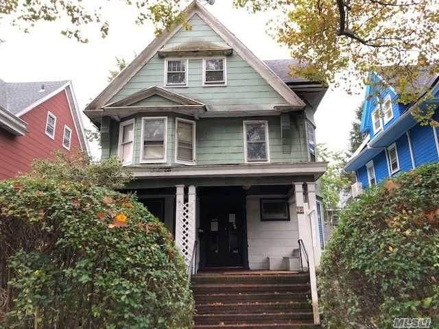 790 Argyle Rd, Flatbush, NY 11226 (MLS #3268316) :: McAteer & Will Estates | Keller Williams Real Estate
