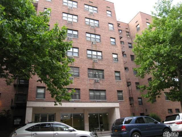 99-10 60 Avenue 2J, Corona, NY 11368 (MLS #3268426) :: McAteer & Will Estates | Keller Williams Real Estate