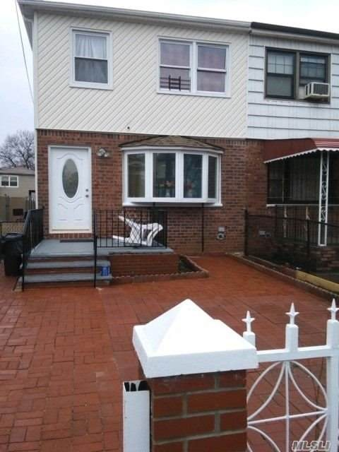 109-77 135th Street, S. Ozone Park, NY 11420 (MLS #3271794) :: Mark Seiden Real Estate Team
