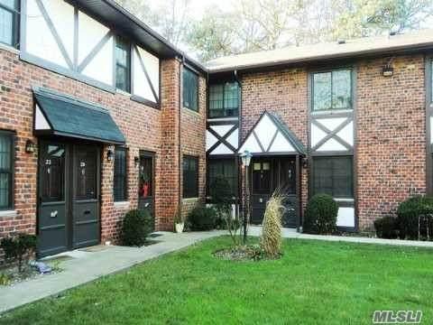 14 Pinebrook Avenue #14, Bay Shore, NY 11706 (MLS #3271865) :: Mark Seiden Real Estate Team