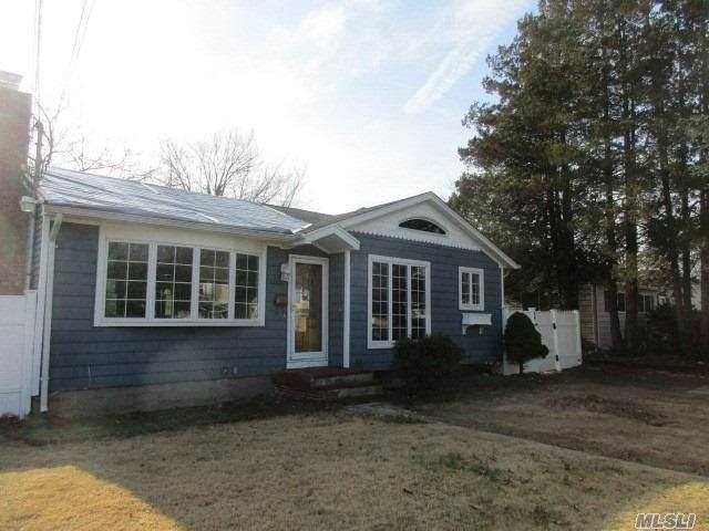 46 Vehslage Street, Patchogue, NY 11772 (MLS #3272457) :: Signature Premier Properties