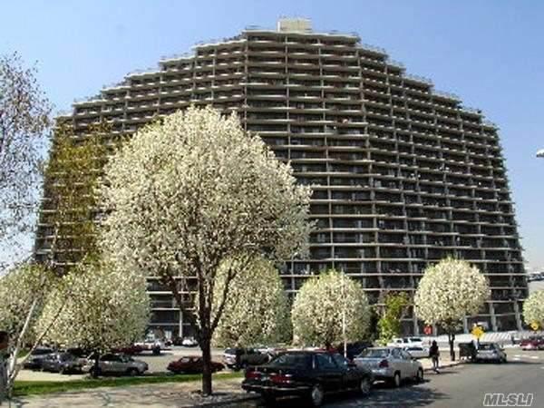 25-40 Shore Boulevard 14I, Astoria, NY 11102 (MLS #3272936) :: McAteer & Will Estates | Keller Williams Real Estate