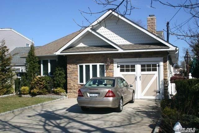 119 Alhambra Road, Massapequa, NY 11758 (MLS #3273950) :: The Home Team