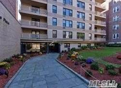 65-50 Wetherole Street 4W, Flushing, NY 11374 (MLS #3275002) :: Signature Premier Properties