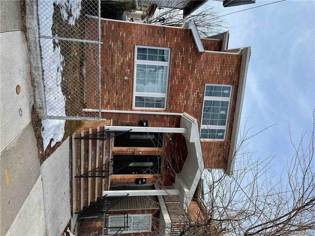 14417 Lakewood Ave - Photo 1