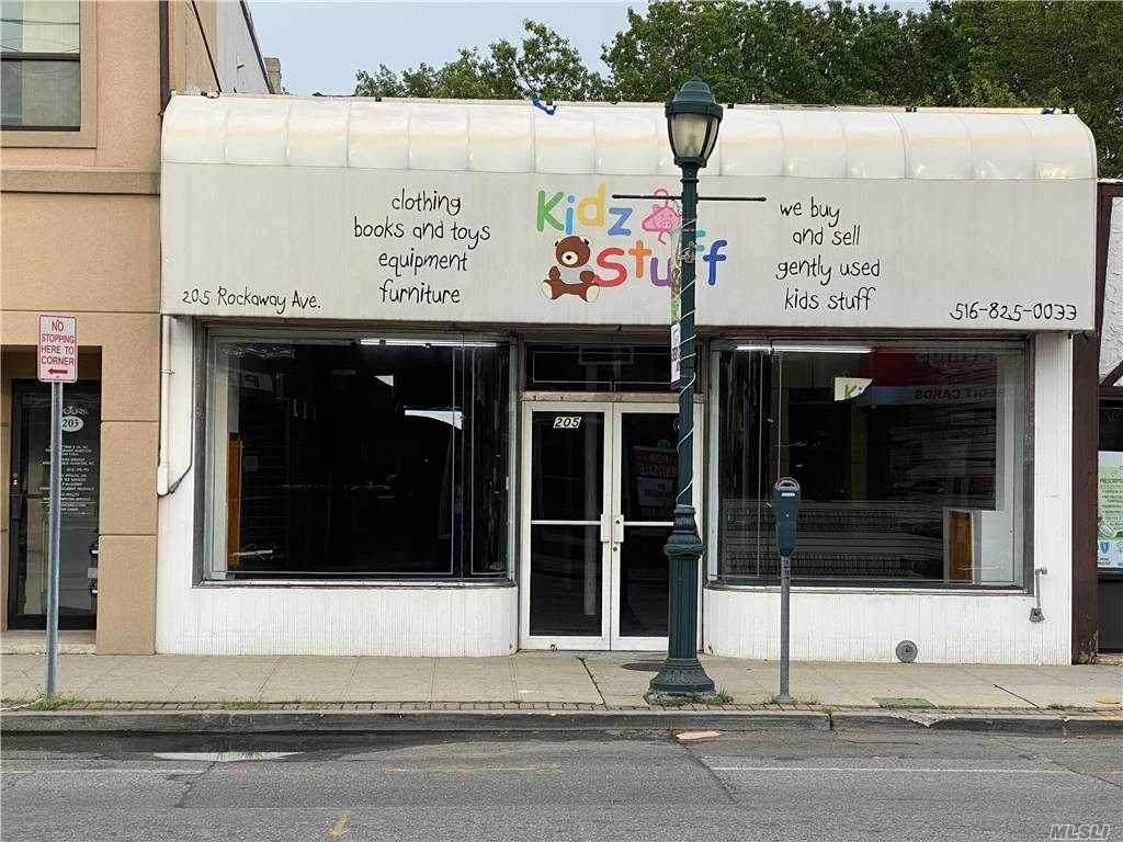 205 Rockaway Ave - Photo 1